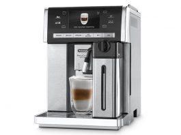 Otomatik cappuccino sistemine sahip De'Longhi ESAM 6900 ile tek tuşla Espresso, Cappuccino, Caffe Latte, Latte Macchiato, Sıcak Çikolota, Long Coffee (filtre kahve) keyfini yaşayabilirsiniz.