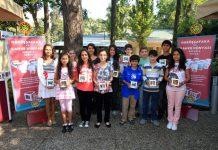 """""""Darüşşafaka Bardağı"""" projesi Kahve Dünyası'nın Darüşşafaka öğrencilerle el ele vermesiyle gerçekleşti."""