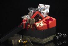 Kahve Dünyası'nın yılbaşı kutuları ayrıca yeni bir yıla umut dolu başlangıçlar yapmayı bekleyenleri de sevindiriyor.